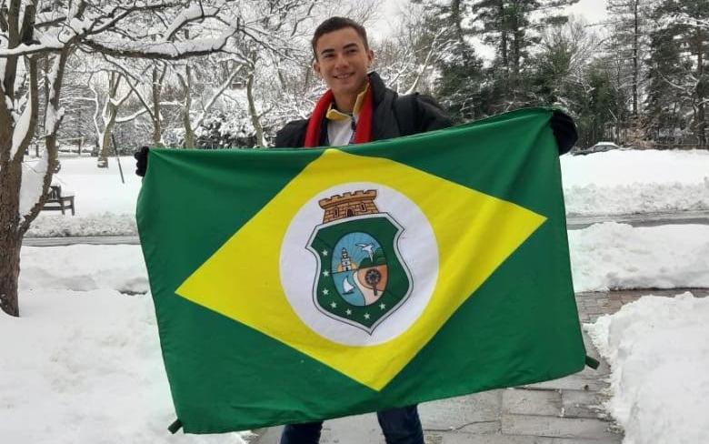 Estudante de Santa Quitéria transforma a própria realidade pelo comprometimento social